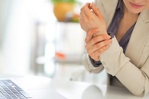 Vitamin D Benefits: Avoid, Improve Arthritis Symptoms